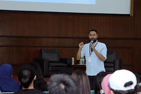 Mengenal Lebih Dekat Peminatan Program Studi Ilmu Komunikasi Universitas Al Azhar Indonesia