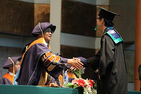 Universitas Al Azhar Indonesia Gelar Wisuda Ke-XVIII