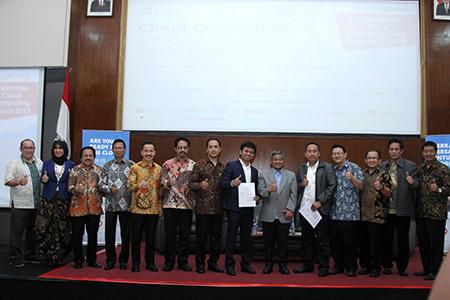 Seminar Cloud Computing : Infrastruktur Ekonomi Digital Indonesia Dan Launching Indonesia Cloud Award 2018