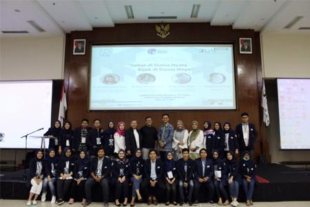 Sehat Di Dunia Nyata, Bijak Di Dunia Maya Di Seminar Nasional Psikologi Universitas Al Azhar Indonesia