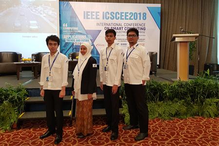 Publikasi Karya Ilmiah Mahasiswa Teknik Elektro Di International Conference On Smart Computing And Electronic Enterprise Di Malaysia