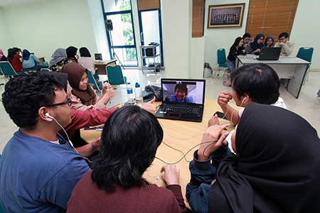 Collaborative Online International Learning (COIL) Between Japanese And English Departement Students Al Azhar Indonesia University, And Kansai University Students