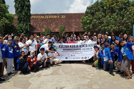 Mahasiswa Universitas Al Azhar Indonesia Mengikuti Kegiatan KKN Tematik Citarum Harum (Program Kemenristek Dikti)