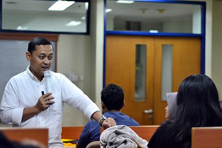 Millenial Belajar Finansial Bersama Korps Mahasiswa Ilmu Komunikasi (KOMIK)