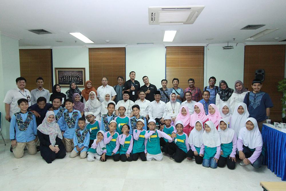 Rayakan Keberkahan Bulan Ramdhan Bersama Anak Yatim Di Universitas Al Azhar Indonesia