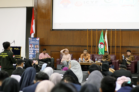 UAI Student Invites The Youth To Improve Indonesian Diplomacy In Global Stage