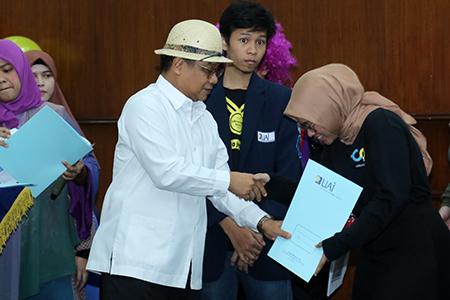 UAI Enterprsing Award Dalam Perayaan Milad UAI Ke-19