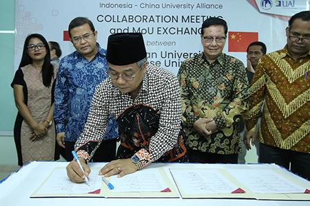 UAI Jalin Kerjasama Dengan Universitas Di China Dan Indonesia