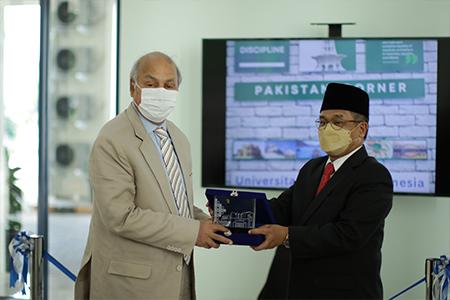 Pakistan's Ambassador To Indonesia HE Muhammad Hassan Inaugurates New Facilities At UAI